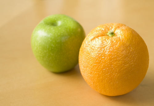 Comparar naranja manzana