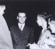 Feynman_and_Oppenheimer_at_Los_Alamos